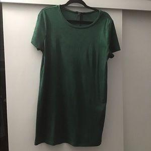 Forever 21 Dresses - Green T-shirt dress